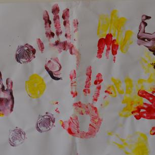 gubbu mamma handprints first time